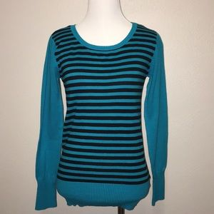 Bingo size M striped sweater